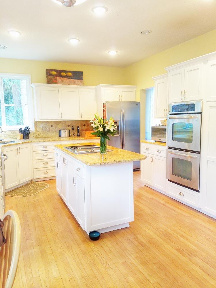 new white kitchen