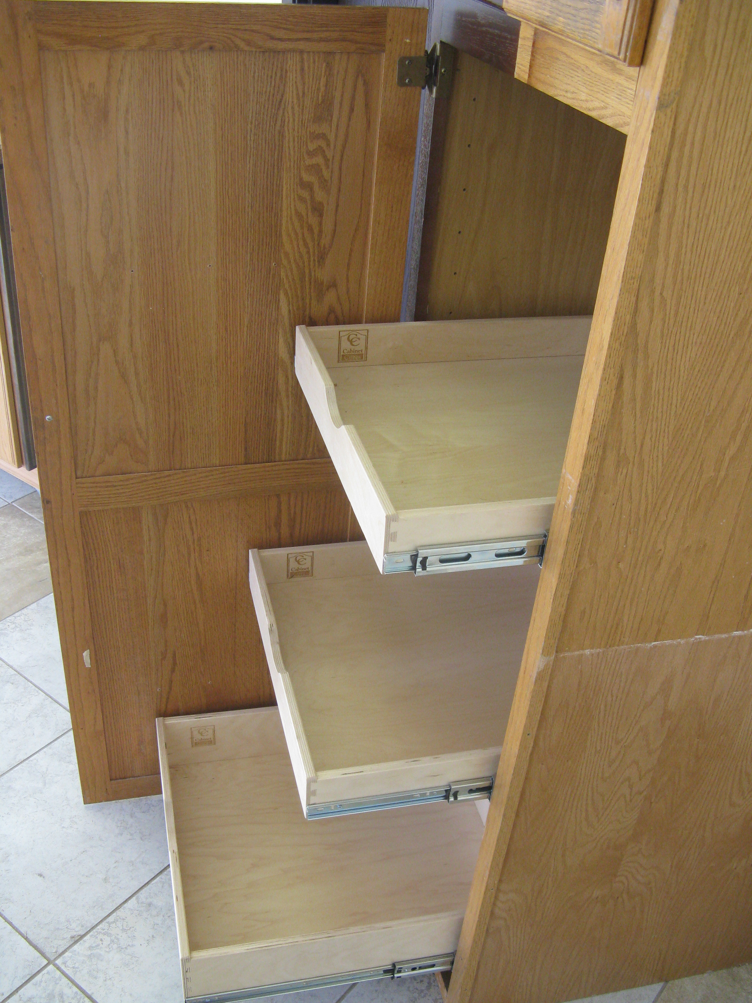 3 pull-out drawers portland cabinet cures